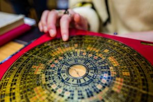Economic Troubles and the I Ching